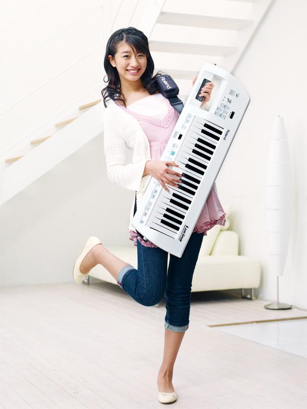 Roland Lucina AX-09新货珍珠·白Synthesizer[乐兰][rushina][shoruki][肩膀键盘][电子合成器][Keyboard]
