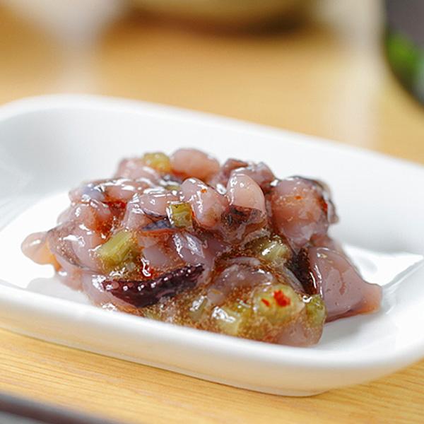 入手困難 コリコリのタコにピリッとくるわさび タコわさび 信憑 1kg 冷凍便 蛸 たこ 冷蔵便可