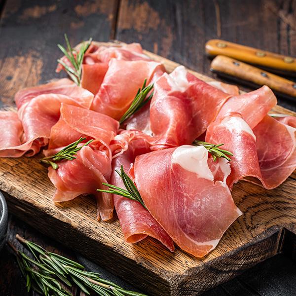 世界一の生産量で お買い得品 発売モデル ヨーロッパでは人気のスペイン産生ハムです 豚ハム ハモンセラーノ スライス 冷蔵便 200g スペイン産 豚 生ハム