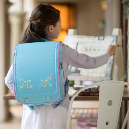 ランドセル フィットちゃん 女の子 ラヴニール アミィ Amie クラリーノF A4フラットファイル キューブ型 お花の刺繍 6年間保証 日本製