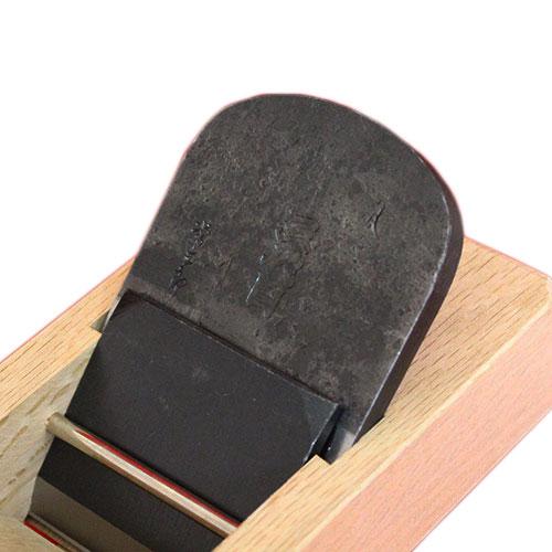 ■常三郎 「三代目」鉋 寸八(70mm) 特殊炭素鋼 白樫 包掘 本使用台 かんな カンナ