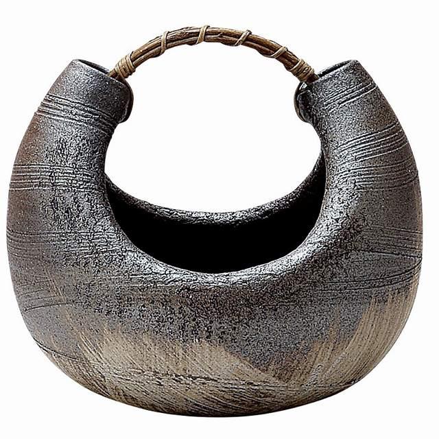 信楽焼 いぶし曲げ 花器・花瓶 化粧箱入 Japanese Ceramic Shigaraki ware. Ikebana flower vase. Ibushi mage.