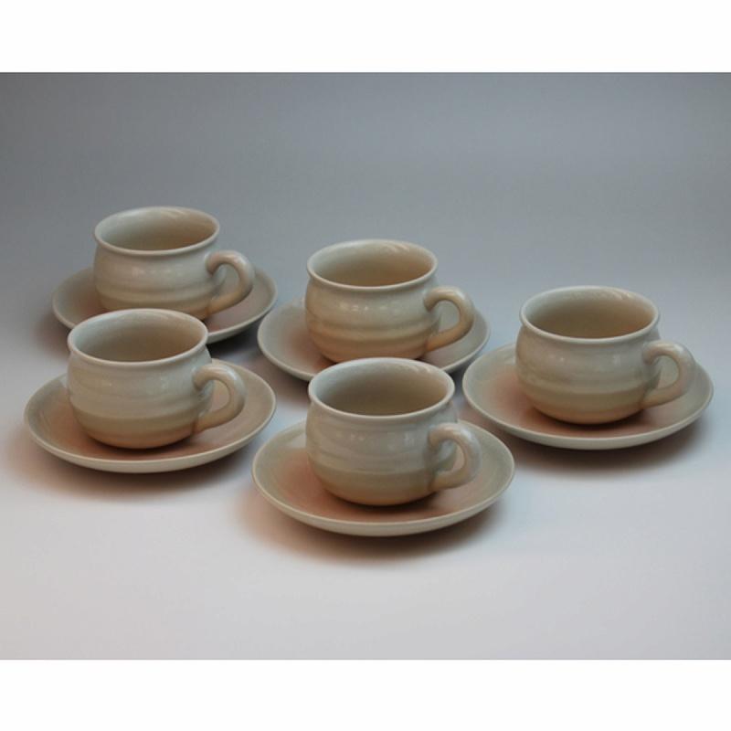萩焼 姫土珈琲セット(木箱) Hagi yaki hime cup&saucer 5set made in Japan. Japanese pottery with wood box.