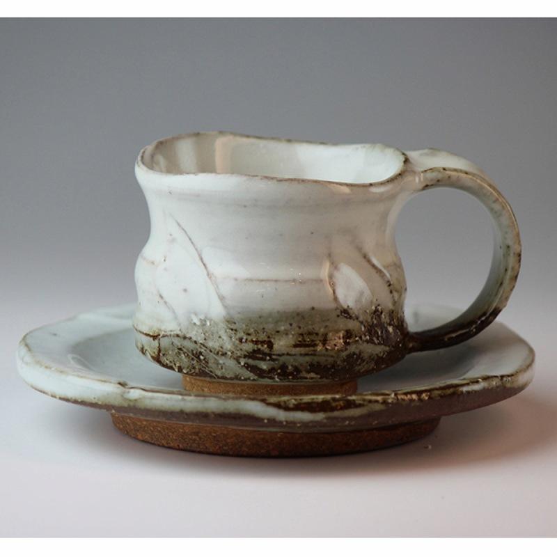 萩焼 珈琲碗皿 佳俊作(木箱) Hagi yaki cup&saucer made in Japan. Japanese pottery with wood box.