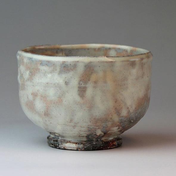 萩焼 抹茶碗楽 國輔作 桐箱 Japanese ceramic Hagi-ware. Raku matcha chawan teabowl with wooden box.