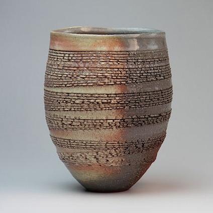 萩焼 萩列紋花器講平作(木箱) Hagi yaki Retsujomon Vase made in Japan. Japanese pottery with wood box. Free shipping.