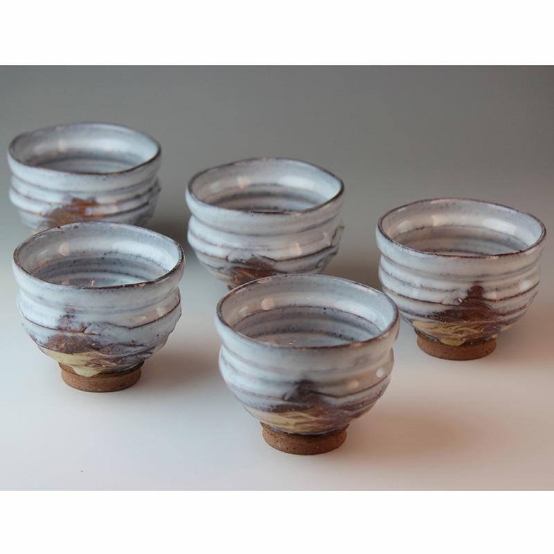 萩焼 紫雲汲み出し揃 圭一郎作(木箱) Hagiyaki 5 tea cups made in Japan. Japanese pottery with wood box.