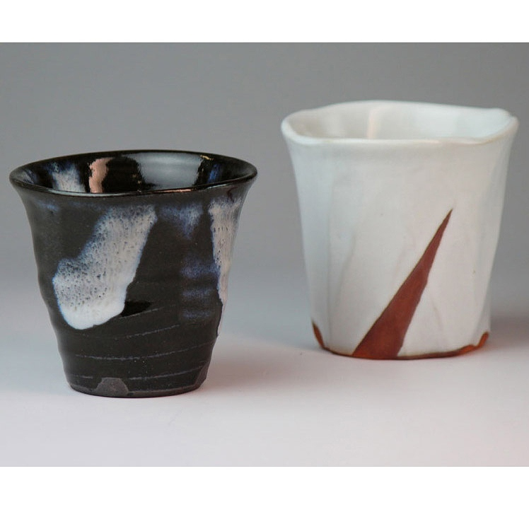 萩焼 二彩ロック碗ペア透作(木箱) Hagiyaki 2cups made in Japan. Japanese pottery with wood box.