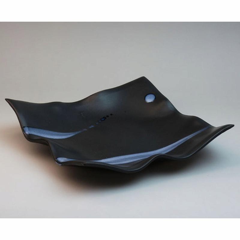 萩焼 白釉流掛角皿 木箱入 船崎透作 Japanese ceramic Hagi-ware. Midium square plate made by Toru Funasaki.
