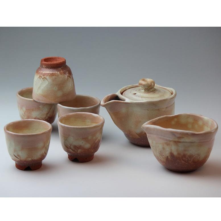 萩焼 粉引煎茶器(木箱) Hagiyaki sencha teapot set made in Japan. Japanese pottery with wood box.