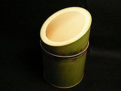 その名のとおり竹の形をした楽しい茶缶です 紅茶キャニスター竹缶 100g用 値下げ 日本産