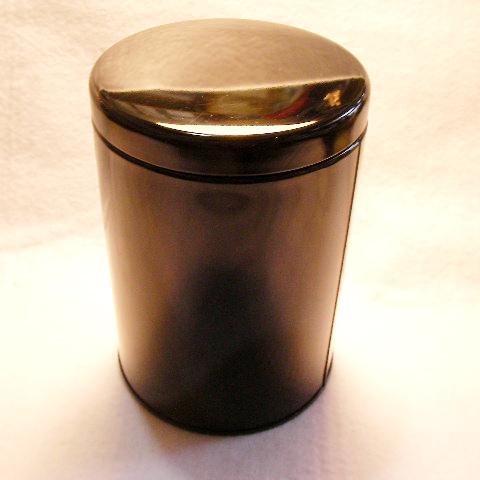 大型の防湿缶です お買い得 密閉性が高く保存用にぴったり 秀逸 大型紅茶キャニスター 黒 150~250g用 防湿缶