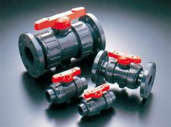 旭有機材工業:ボールバルブ21型(接続:ソケット形 ボディ材質:C-PVC Oリング材質:FKM) 型式:21型-100-C-PVC/FKM(ソケット)