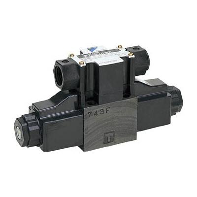 ダイキン工業:ダイキン 電磁パイロット操作弁電圧AC200V 呼び径1/4 KSO-G02-4CB-30 型式:KSO-G02-4CB-30
