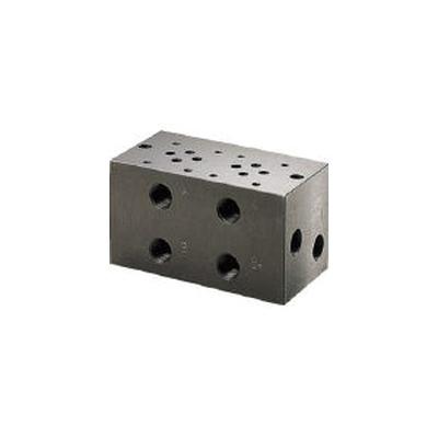 ダイキン工業:ダイキン マニホールドブロック 配管接続口径Rc3/8 BT-302-50 型式:BT-302-50