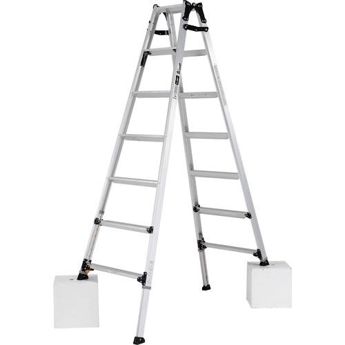 条件付送料無料 はしご 脚立 人気ショップが最安値挑戦 アルインコ 伸縮脚立 ステップ幅広 株 最大使用質量100kg 210cm 住宅機器事業部 PRW210FX 世界の人気ブランド