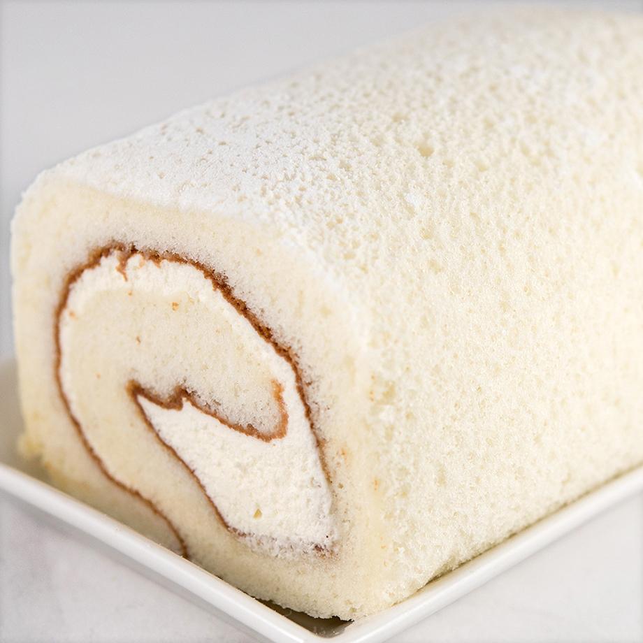 白い大地北海道をイメージした純白のロールケーキ 通信販売 ジョリ クレール 安心の実績 高価 買取 強化中 ホワイトチョコ純正ロールケーキ 1本入 12cm