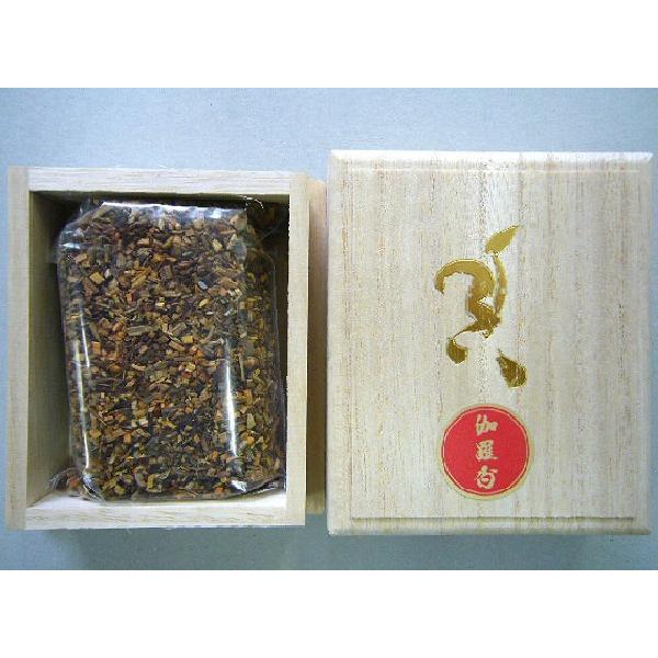 伽羅香30g桐箱入り 焼香 休日 抹香 国産品