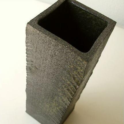 Hakusan Vase Pottery Bud Vase Shin Raku Made In Japan Prism Surface