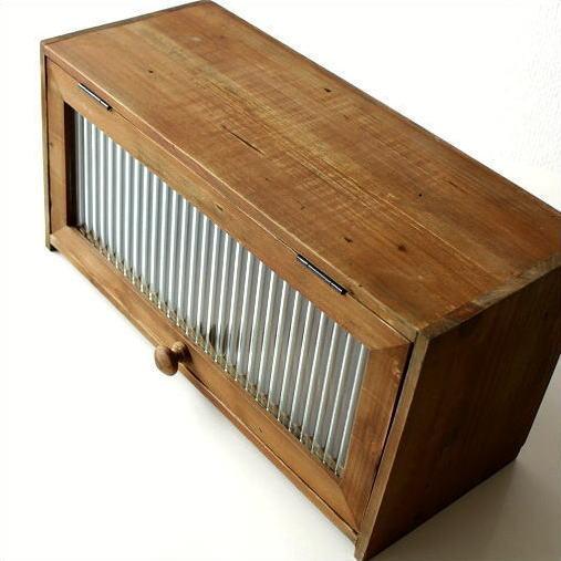 素朴なウッドケース ナチュラル 収納ボックス アンティーク風 木製 レトロ BOX フラップ式 ガラス扉 授与 ふた付き 小物入れ スパイスラック キッチン収納 収納BOX 調味料入れ 木箱 ウッドボックス 即納送料無料 カウンター キッチンラック 調味料ラック シンプル カントリー おしゃれ
