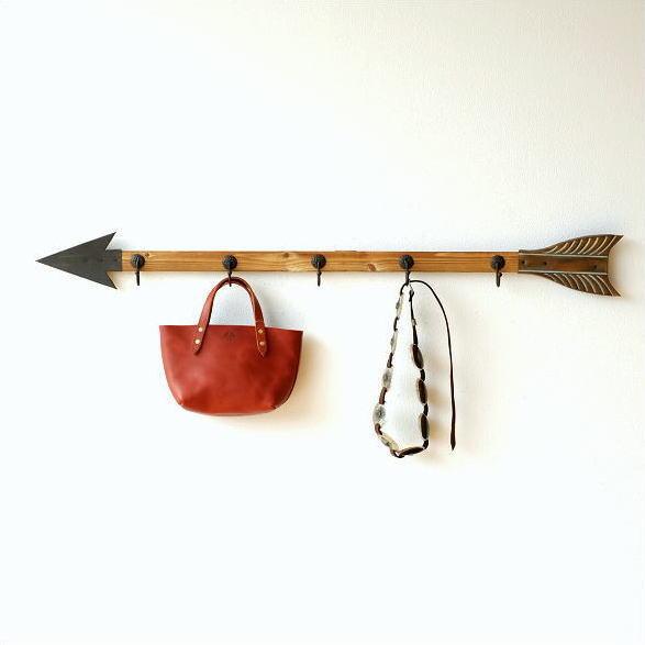 壁掛けフック ロング ウォールフック 長い 幅122cm 5連 ブリキ 木製 玄関 デザイン おしゃれ 帽子掛け キーフック 矢の壁掛ロングフック