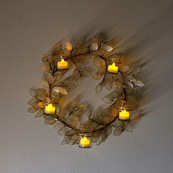クリスマスリース 玄関 おしゃれ カピス貝 ナチュラル かわいい LEDキャンドル付きシェルリース