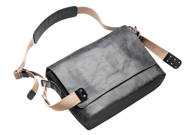 【最大5000円クーポン/P最大27倍(9/11 2時まで)】BARBICAN SHOULDER BAG(バービカンショルダーバッグ)SIZE:MBROOKS(ブルックス)メッセンジャーバッグ