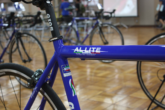 2014 模型 GIOS (GEO) AL 简装 (アルライト) 合金公路自行车