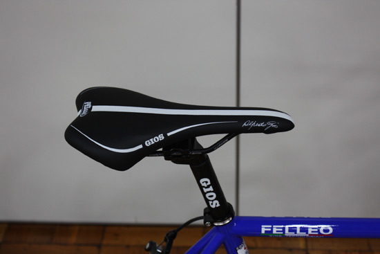 2017型号GIOS(二秃)FELLEO105(fereo 105)kuromorirodobaiku