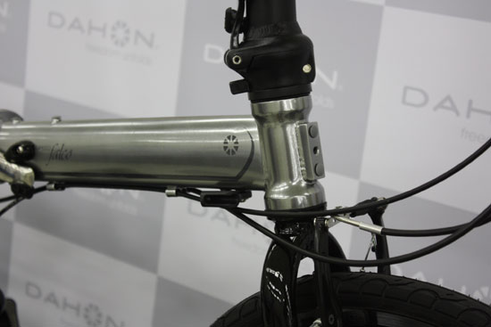 2016型号DAHON(dahon)SPEED FALCO limited(supidofarukorimiteddo)折叠式的forudingubaiku