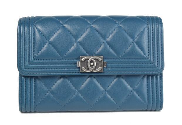 【中古】【美品】CHANEL シャネル 二つ折り財布 ボーイシャネル