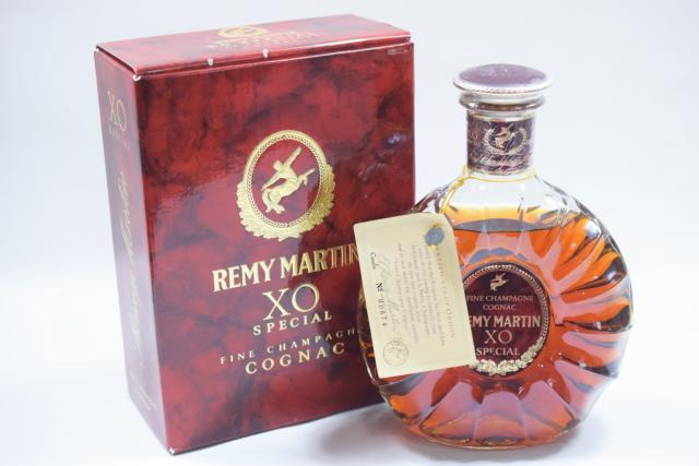 【未開栓】 レミーマルタン REMY MARTIN XO スペシャル 旧ボトル 700ml 箱付 目減り有り 【中古】