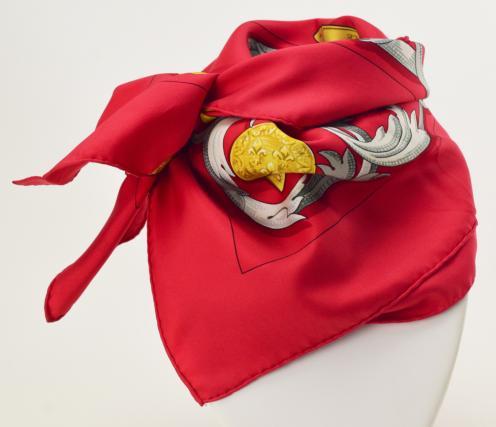 【中古】【美品】HERMES エルメス カレ 90 大判 LE MORS A LA CONETABLE 轡の気品 シルク100% タグ付き スカーフ