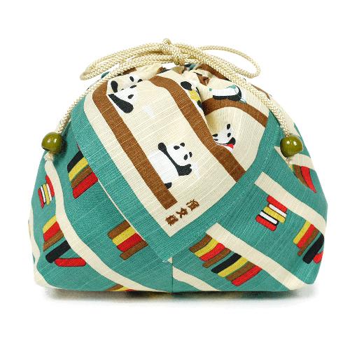 メール便対応:4枚まで 海外輸入 お弁当袋 ランチ巾着 濱文様 激安通販販売 お弁当巾着 エメブルー パンダの図書館