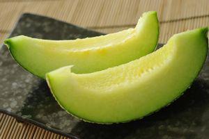 Asahi village otome melon above 14 degrees, 2 ball Ibaraki Prefecture,