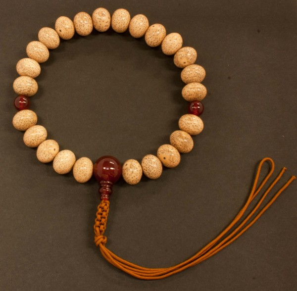 数珠(念珠) 星月菩提樹[ミカン珠]・瑪瑙(メノウ)仕立 24珠 紐房 男性用1蓮 ●お仏壇・仏具の浜屋