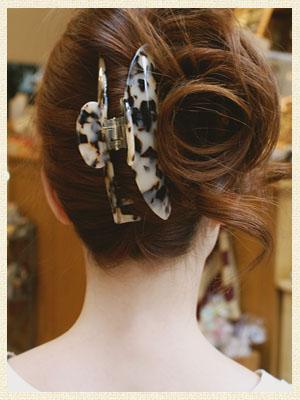 【Marble Marbleバンスクリップ】エレオノール[べっ甲 べっこう 大きめ ヘアクリップ 結婚式 パーティ 髪飾り ヘッドアクセ ヘアアクセサリー マーブルマーブル]