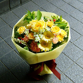 お中元 誕生日 開店祝い プレゼント おまかせ 黄色オレンジ系ブーケ 花束 花 人気ランキング 花ギフト 花束 結婚記念日 (誕生日 などにも) バラ 就任 送別 96 花束