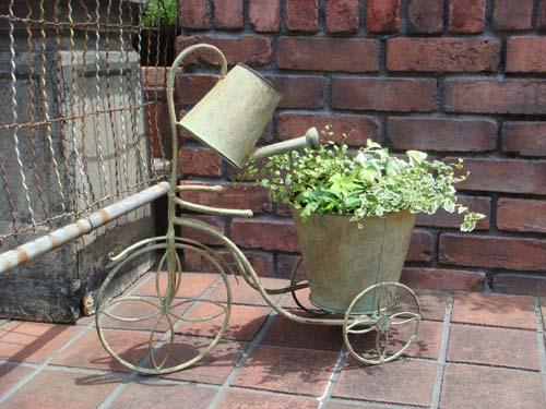 ジョ―ロ ジョウロ ガーデニング ガーデン 雑貨寄せ植え プランター 三輪車 アンティーク【花遊び】『ジョウロ三輪車♪Planter』