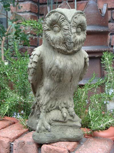 ガーデニング 最新 ガーデン 送料無料限定セール中 ふくろう アニマル イングリッシュ 英国 Owl ストーン製 Large 雑貨 English