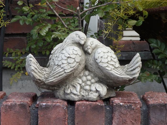 ガーデニング ガーデン 小鳥 イングリッシュ英国 雑貨 ストーン製【花遊び】 『English Love Bird』