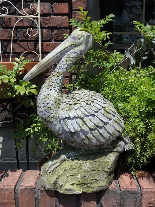 ガーデニング ガーデン バード ペリカン置物 樹脂 アニマル 動物 鳥 雑貨【花遊び】『アンティーク風♪ガーデンペリカン』