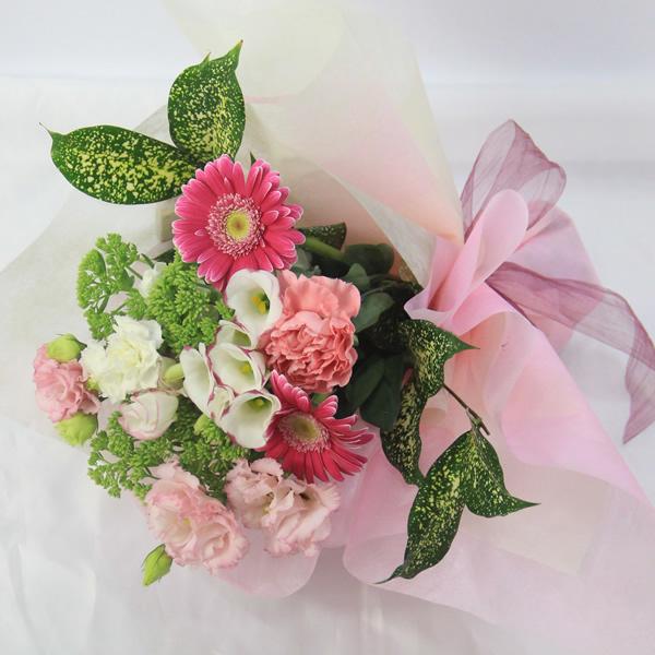 【50代女性】お世話になった先生に!小学校の離任式で渡す花束のおすすめは?
