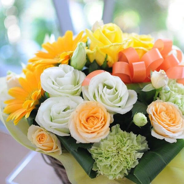 【60代女性】退院祝いにお花をプレゼント!贈って喜ばれるおすすめは?