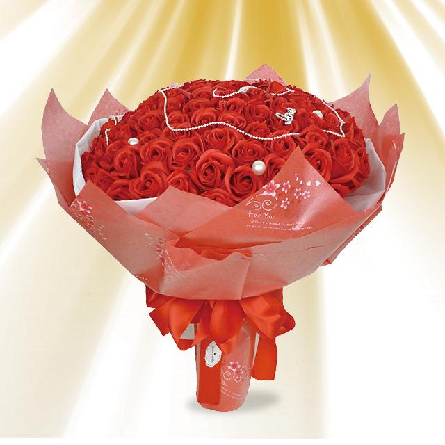 99本のバラの花言葉は セール開催中最短即日発送 国内即発送 永遠の愛 ブーケタイプのシャボンフラワー シャボンフラワー 99本ローズ ソープフラワー レッドS-070 RED