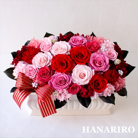 【ブリリアントローズ】 プリザーブドフラワー お祝い 誕生日祝い 結婚祝い 結婚記念日 退職祝い 還暦祝い 開業祝い 法人 開店祝い ピンク 赤 ギフト 送料無料 プレゼント 花 贈り物 ブリザードフラワ- お花 プリザ