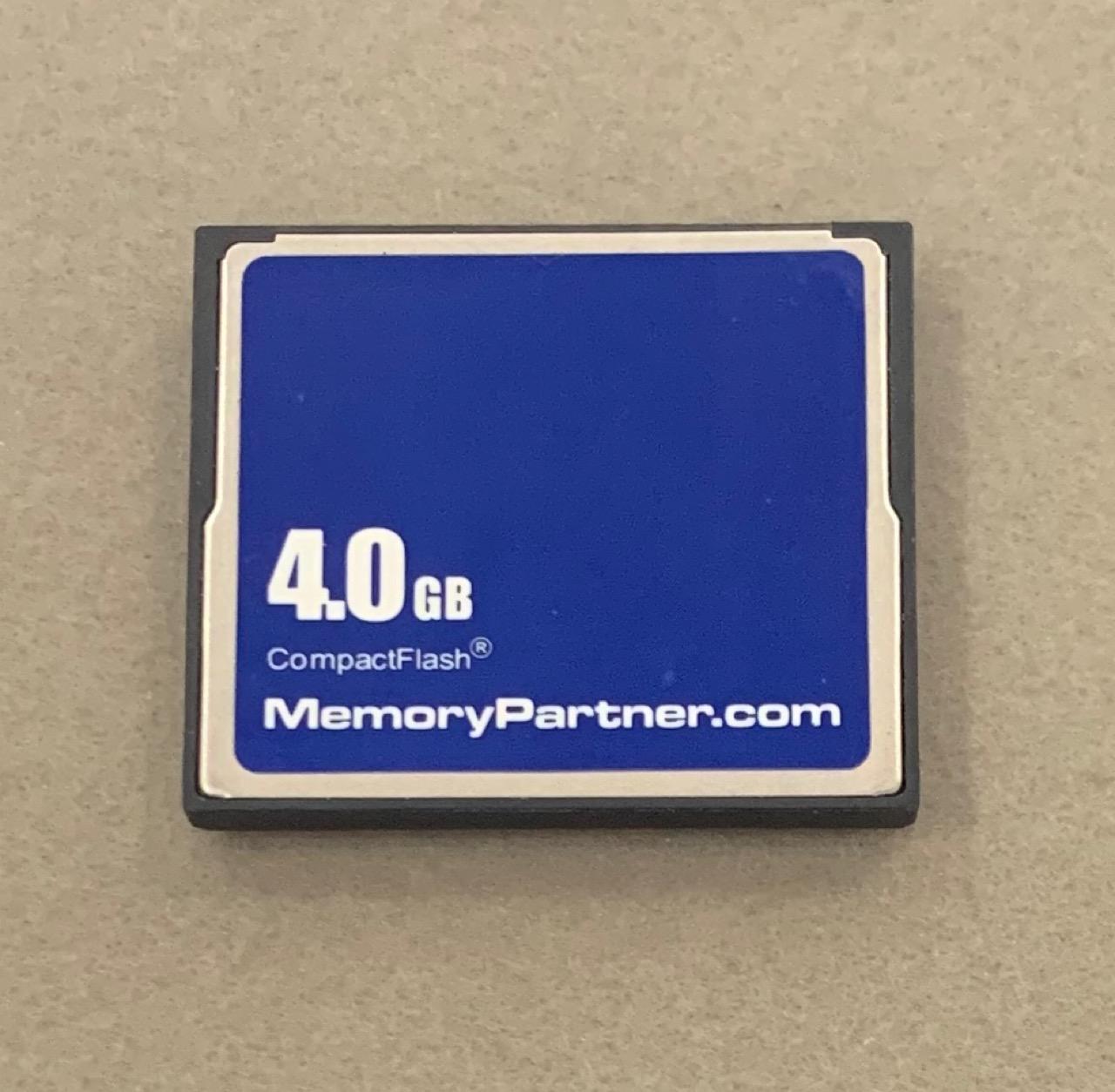 期間限定送料無料 CFカード コンパクトフラッシュ 期間限定特価品 4GB