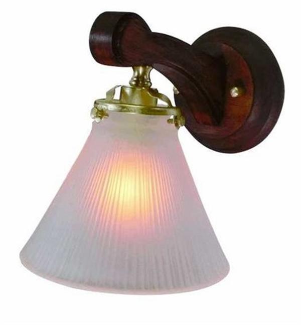 【ウォールランプ】サンヨウFC-WW016G 116 本体(ゴールド色)とシェードのセット 画像の商品です。