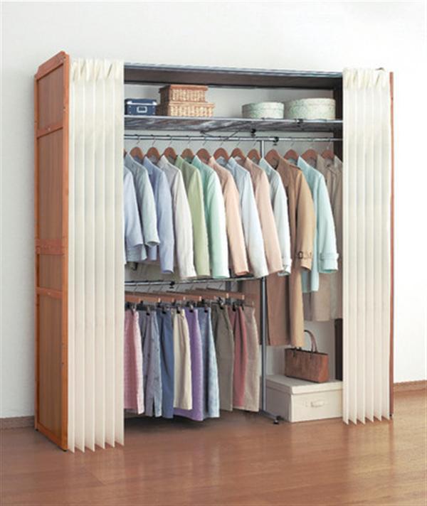 木製伸縮式クローゼットハンガー棚付き