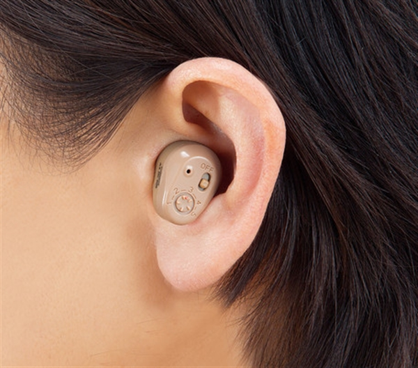 充電式耳穴集音器 1個